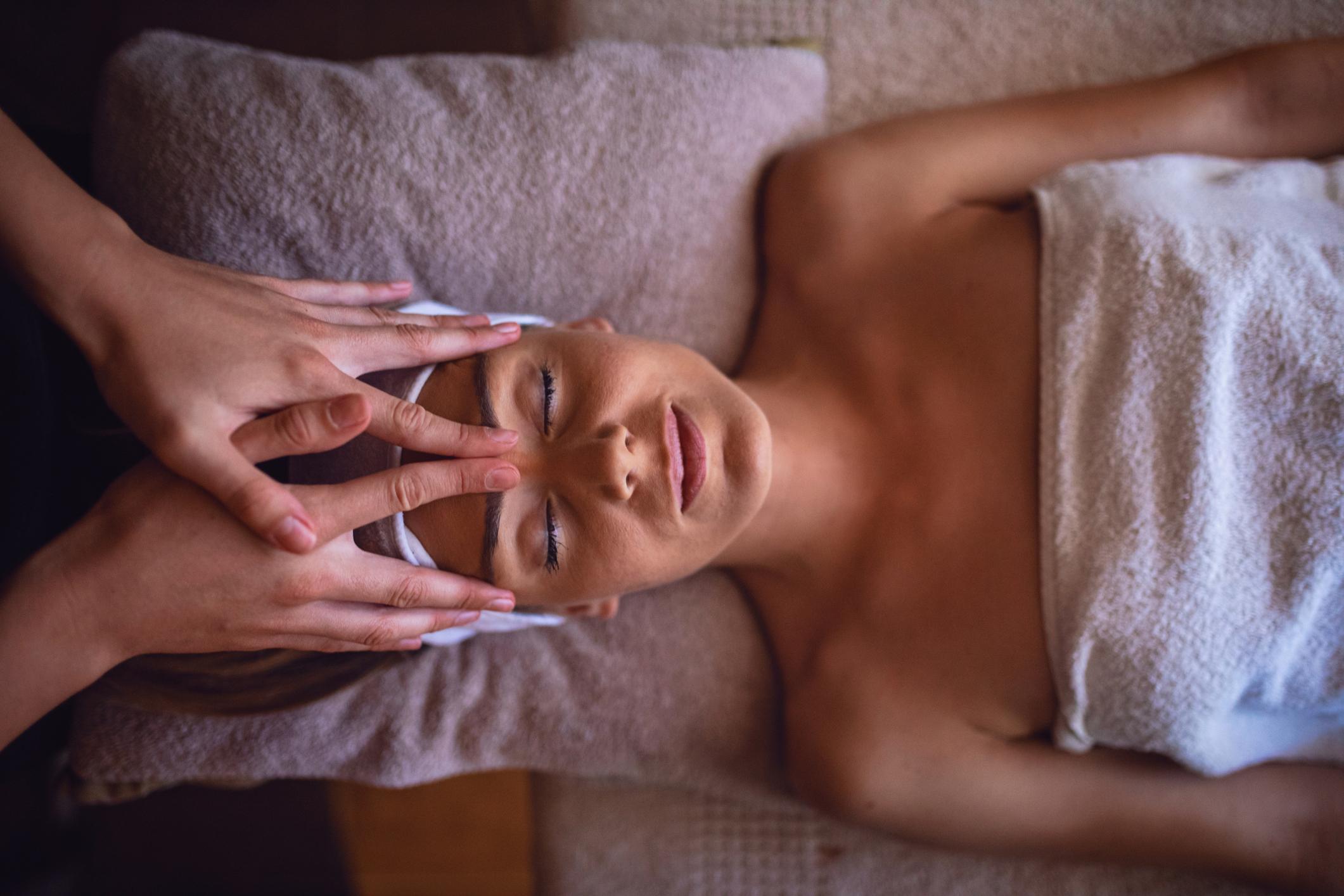 Aromaölmassage - Entspannung mit wohltuenden Düften